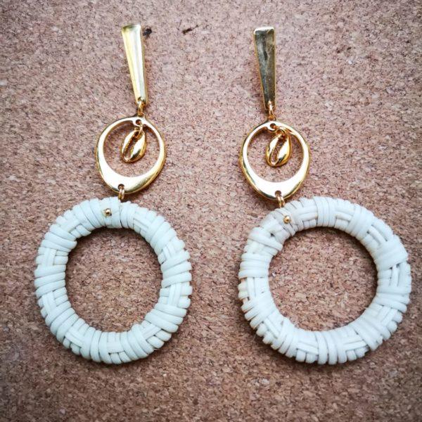 Golden straw earrings