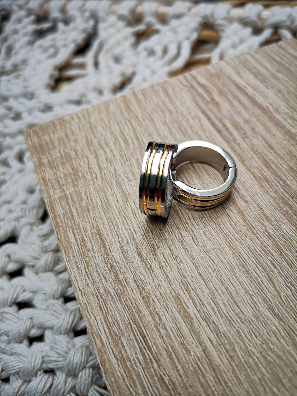 gold/silver vintage hoops