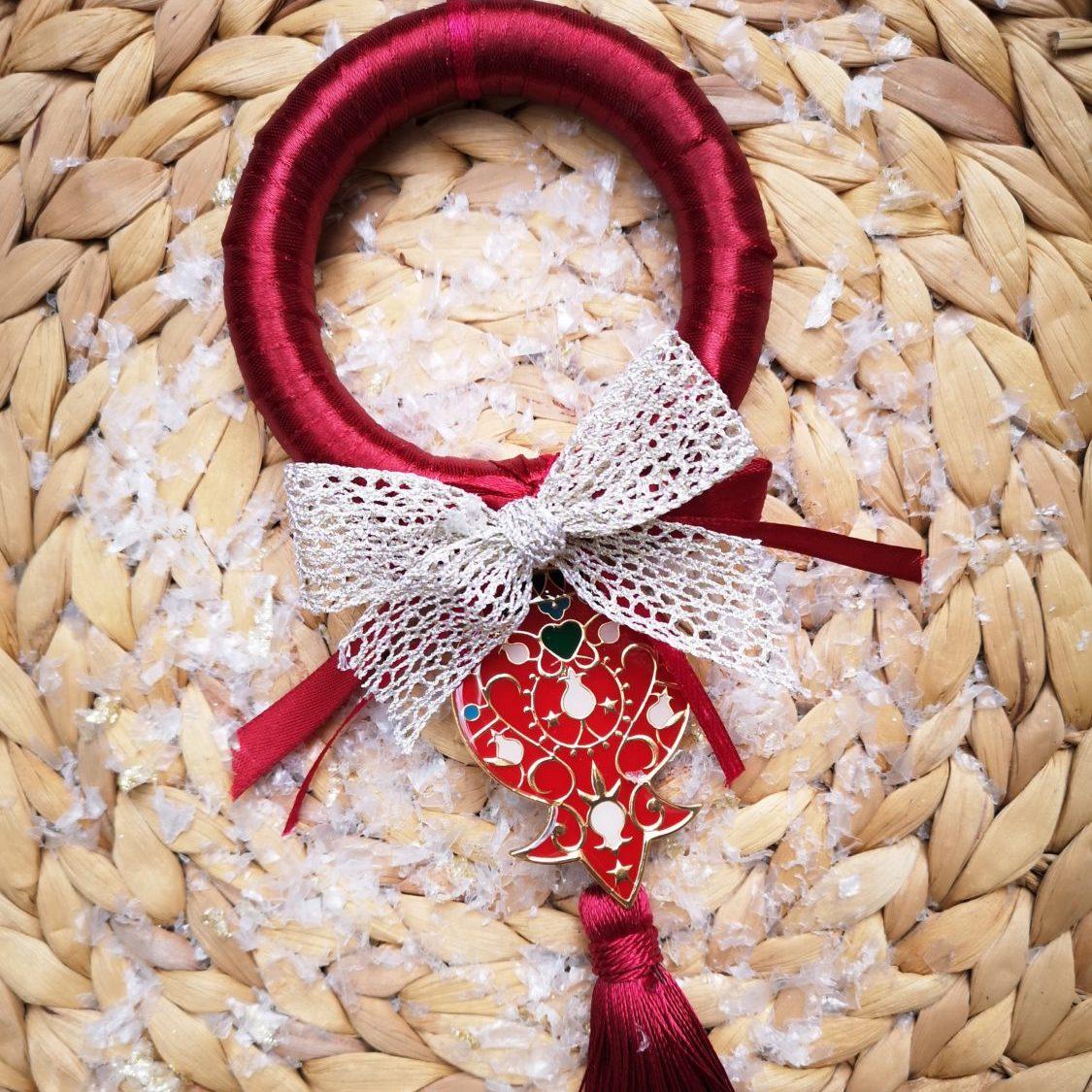 Red wreath charm