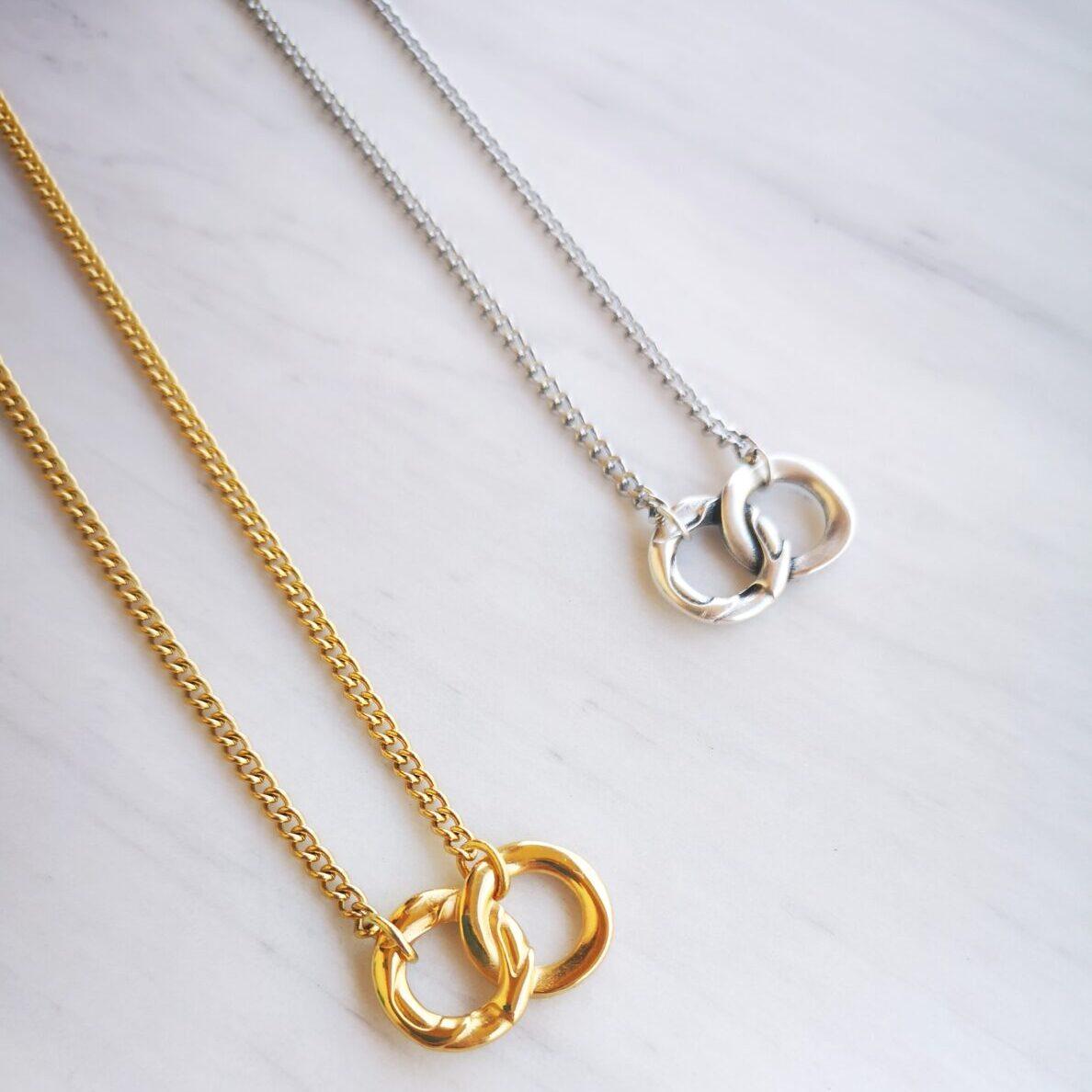 hooks necklace